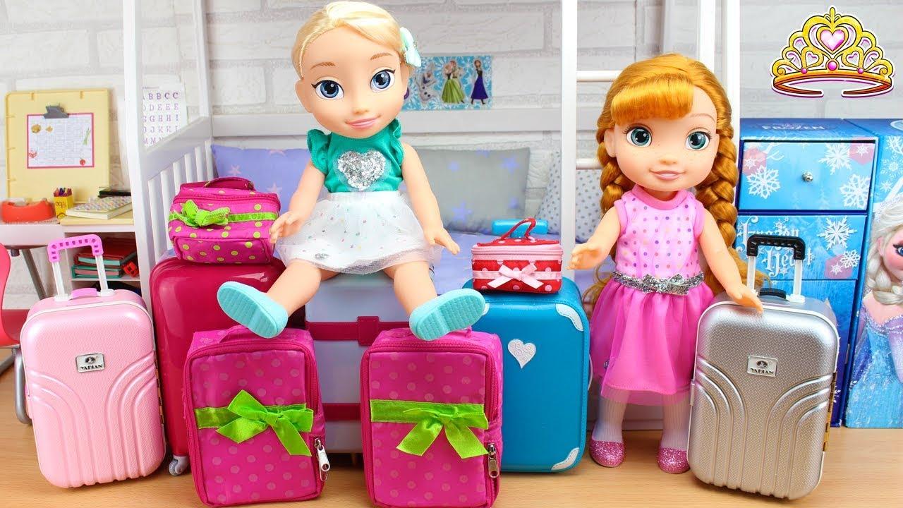 ¡NOS MUDAMOS! Elsa y Anna FROZEN preparan las MALETAS porque se cambian de Casa
