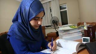 طالبة سورية تحصل على 100% في إمتحان القبول الجامعي بتركيا