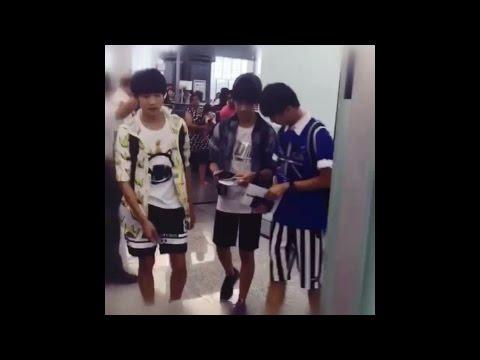[Fancam][TFBOYS] 150720 Taipei Airport (2)