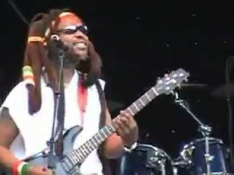 Steel Pulse Bodyguard (Live)