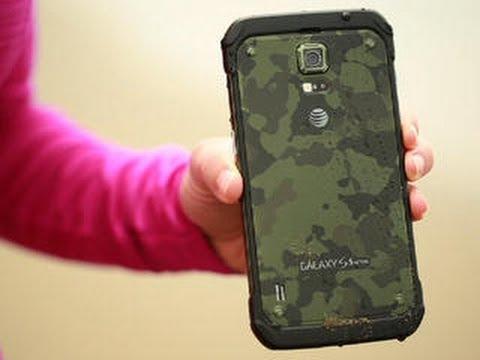 Tougher Samsung Galaxy S5 Active takes a tumble