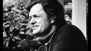 Watch Harry Chapin Up On The Shelf video