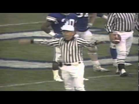 """Bad call-Refs throw a flag on quiet Oregon QB Bill Musgrave for """"arguing"""" vs. BYU 11-04-1989"""