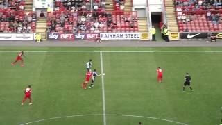 GOALS & HIGHLIGHTS: Leyton Orient v Wycombe Wanderers