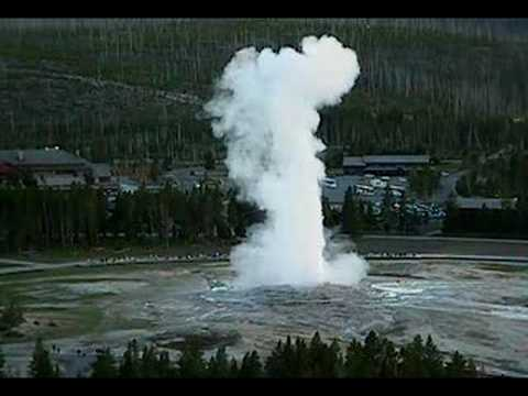 Amazing yellowstone geyser video