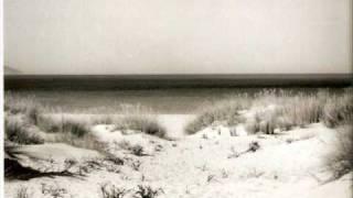 Avia - Miles golden sand