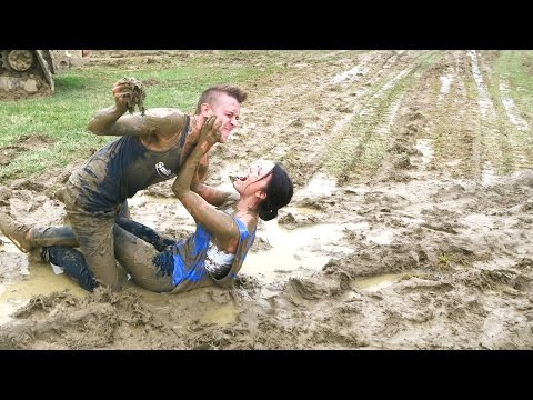 CRAZY MUD WRESTLING!!