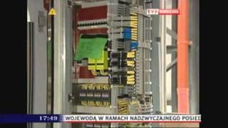 Za zamkniętymi drzwiami - Fabryka pociągów - TVP Warszawa