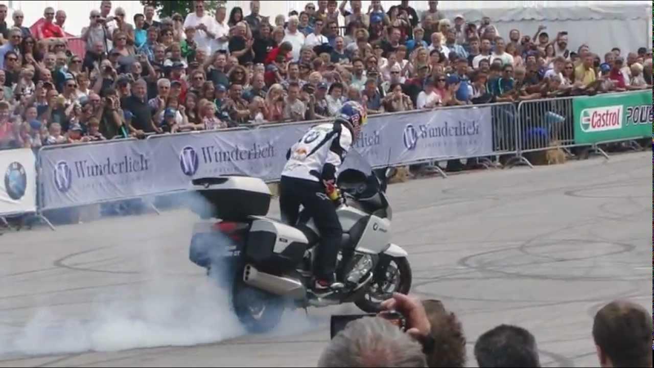画像: Chris Pfeiffer Stuntriding - BMW Motorrad Days 2012 youtu.be