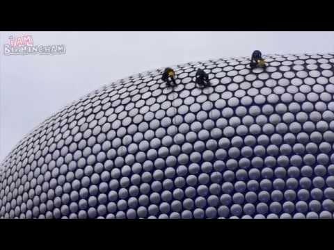 Workmen Clean 15,000 Discs On Birmingham Selfridges Store | I Am Birmingham