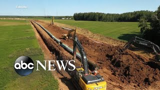 Environmental activists call on White House to halt pipeline construction