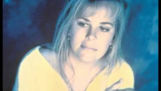 Watch Mary Chapin Carpenter A Place In The World video