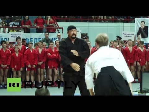 Russia: Steven Seagal shows his aikido skills at Saratov Sambo tournament