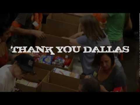 Do Good Bus visits Dallas [North Texas Food Bank]