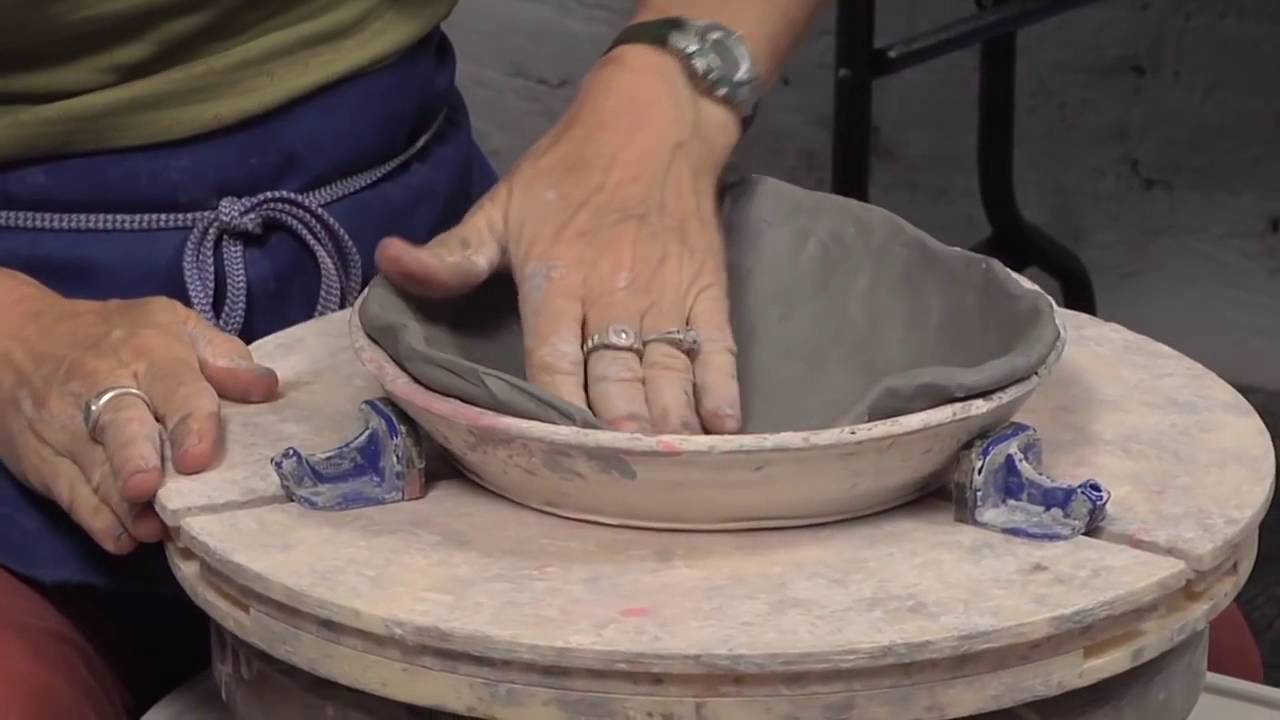 & Throwing a Bowl in a Bisque Mold | LISA ORR - YouTube