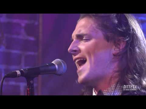 "Nick Black performs ""Outside of You"" on DittyTV"