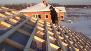 Кровельные работы(Источник видео: www.develius-estate.ru., 2012-03-09T20:26:15.000Z)