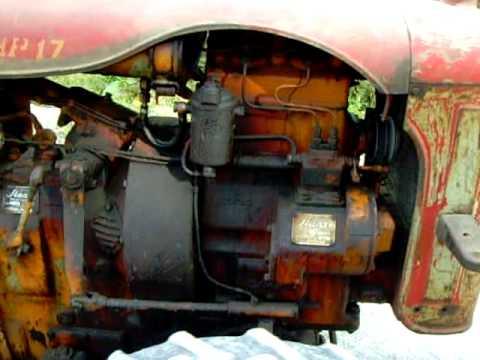 Slanzi baby vintage tractor barn find - YouTube