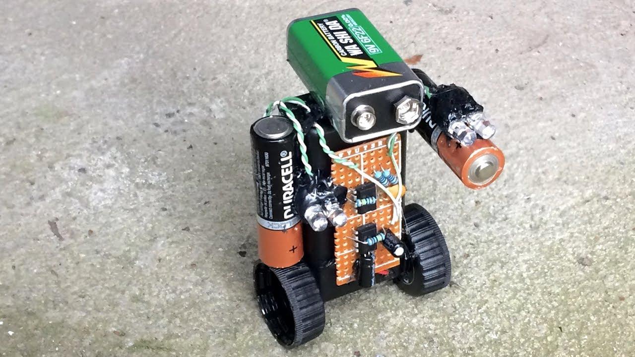 9v Miniature Police Robot 555 Timer Red Blue Led Light Blink Simple Single Flasher Circuit Based Ne555