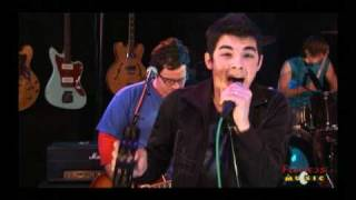 Jonas Brothers - Mandy - Live on Fearless Music