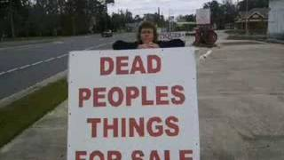 funny signs (WARNING: this video contains signs)