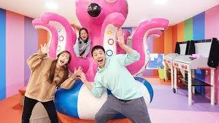 키즈카페 보물 찾기Hide and Seek in The Indoor Playground with kids toys - 마슈토이 Mashu ToysReview