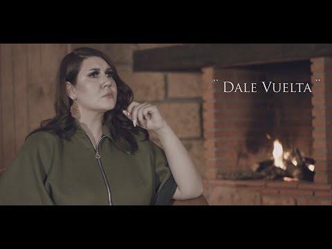 Nathalia Lozano - Dale Vuelta (Official Video)