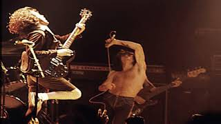 ACDC - Live at the Hippodrome in 1977 - Radio Broadcast