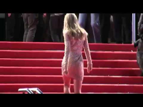 Taylor Swift Red Carpet NRJ Music Awards 2013 2 2 26 01 13