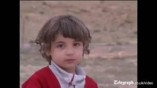 فيديو نادر للقذافي مع ابنته قبل وفاتها