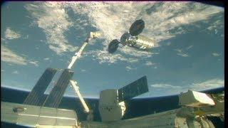"Cygnus OA-9 ""SS J.R. Thompson"" Release & Departure (time lapse)"