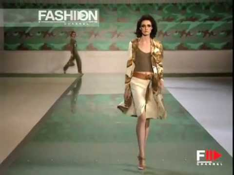 Valentino spring summer 2003 paris 1 of 4 pret a porter woman by fashionchannel youtube - Watch pret a porter online ...