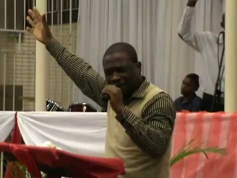 Peacemaker Dlomo - Uyahalalela
