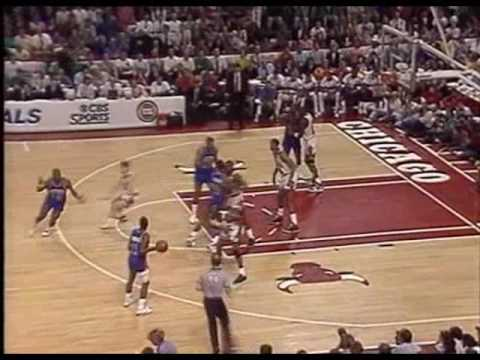Bulls vs. Pistons - 1989 Playoffs Game 6 (MJ 32pts, 13 asts)