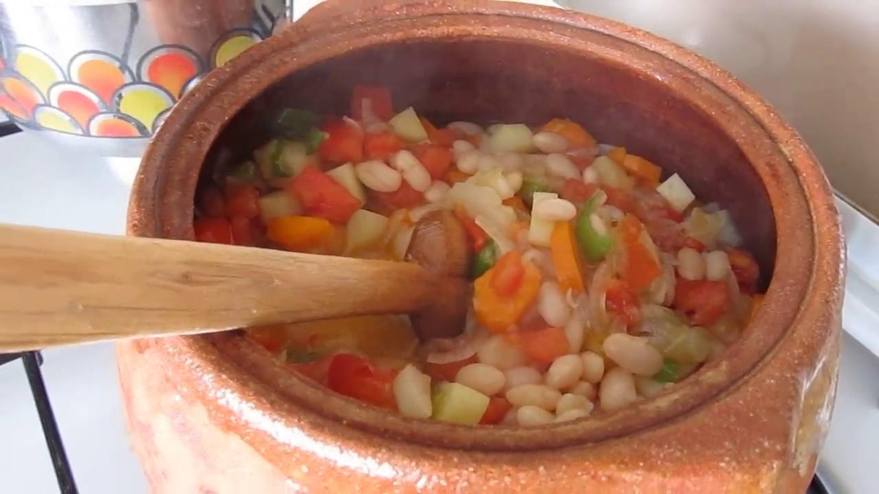 Как потушить фасоль с овощами