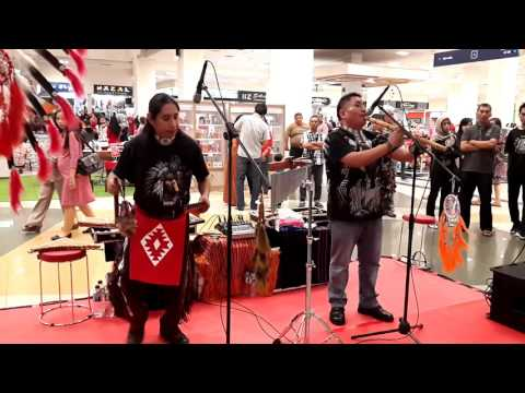 "American Music Indian "" PHAWAK "" _ LOBITO"
