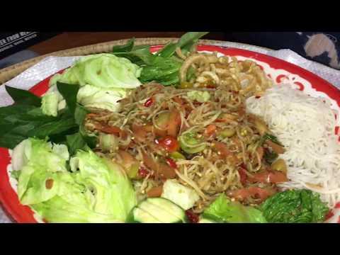 Eating papaya salad And mango salad (Lao Food) Home Made By KAYSONE