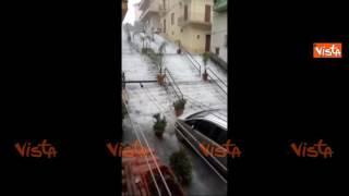 Video Allerta meteo in Sicilia, Sciacca completamente allagata download MP3, 3GP, MP4, WEBM, AVI, FLV Juni 2018