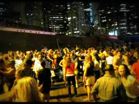 SLIDESHOW Dancing by the East River @ South Street Seaport....DJ Luis Spins Caliente/Hot SALSA PT. 2