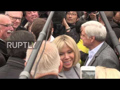 France: 'In current times it is essential to vote' - Macron casts vote in Le Touquet