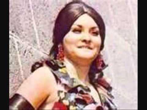 Chayito Valdez UNA NOCHE ME ENBRIAGE