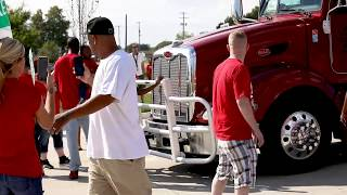strikers-drivers-clash-uaw-picket-lines