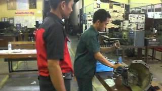 Video Sekilas Uji Kompetensi Otomotif SMKN 3 Buduran 2011 download MP3, 3GP, MP4, WEBM, AVI, FLV Juli 2018