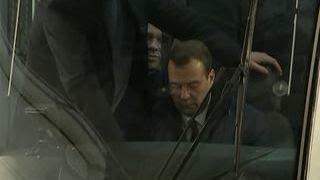 Медведев проехался на новом трамвае