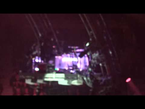 Motley Crue's Tommy Lee Drum Solo - Melbourne 13th May 2015