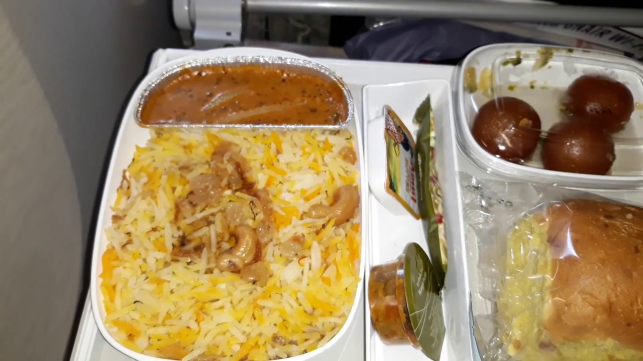 Emirates Airlines Food Review | Emirates Airlines A380 Economy Class Food