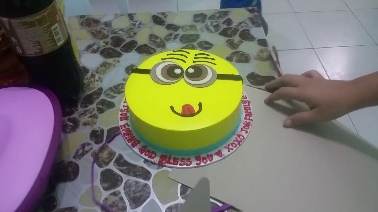 Minion Birthday Cake One Year Old Birthday Party Super Excited