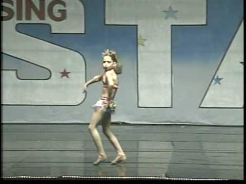 "Madelyn Arthur performing ""Ramalama Daisy"""