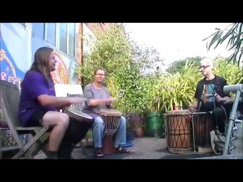 Phoenix TamTam Cru garden jam