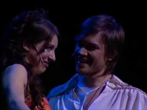 Floricienta - Concierto Live 2004 Parte 4.flv